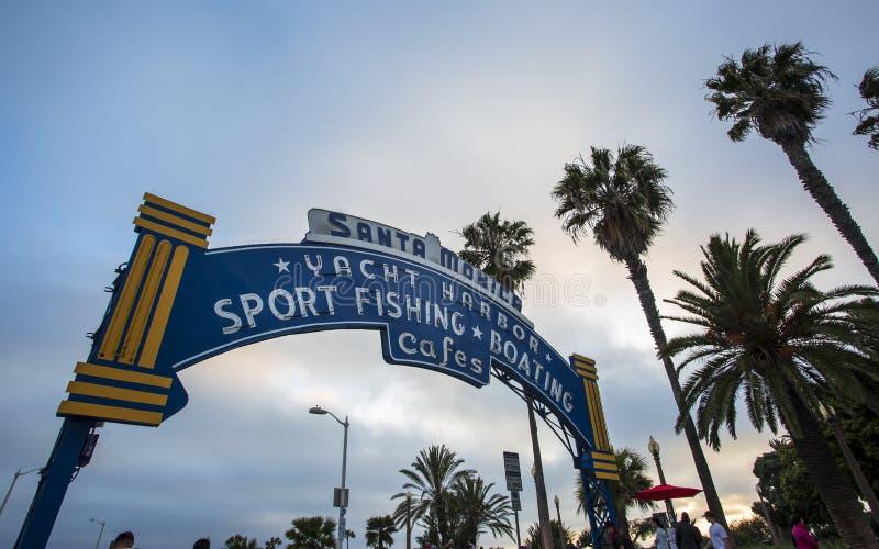 Santa Monica Pier, parque pacífico, playa, Santa Monica, Los Angeles, California, los Estados Unidos de América, Norteamérica fotografía de archivo libre de regalías