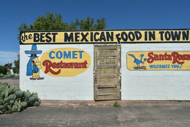 Santa Rosa, New mexico, EUA, o 25 de abril de 2017: Restaurante velho em Santa Rosa fotos de stock royalty free