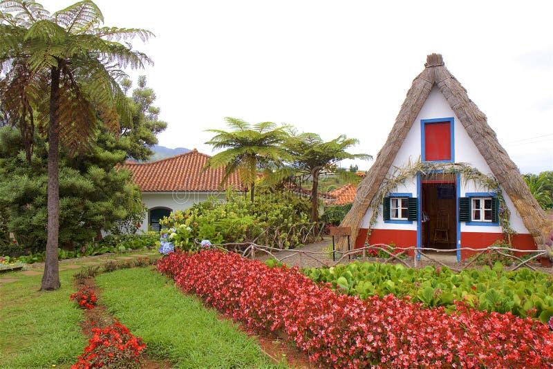Santana-huis in Madera, Portugal stock afbeeldingen