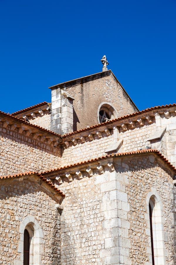 Santarem, Португалия Закройте вверх апсиды и часовен церков Igreja de Santa Clara стоковые изображения
