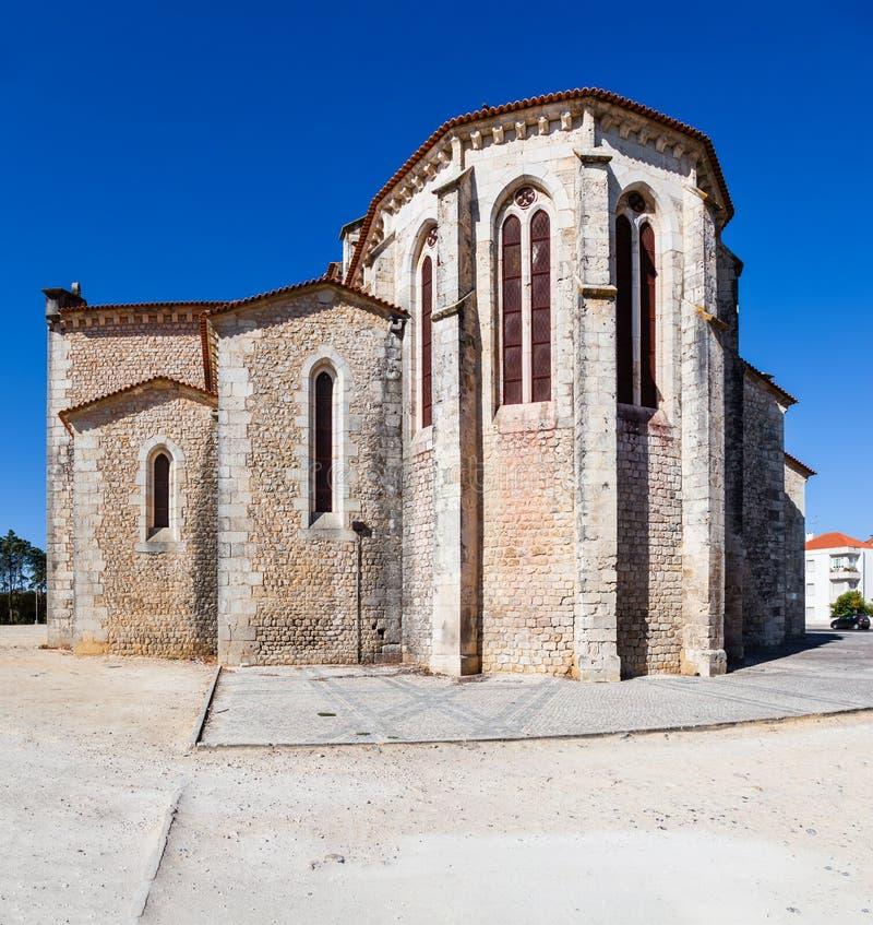 Santarem, Португалия Экстерьер апсиды церков Igreja de Santa Clara стоковые фотографии rf