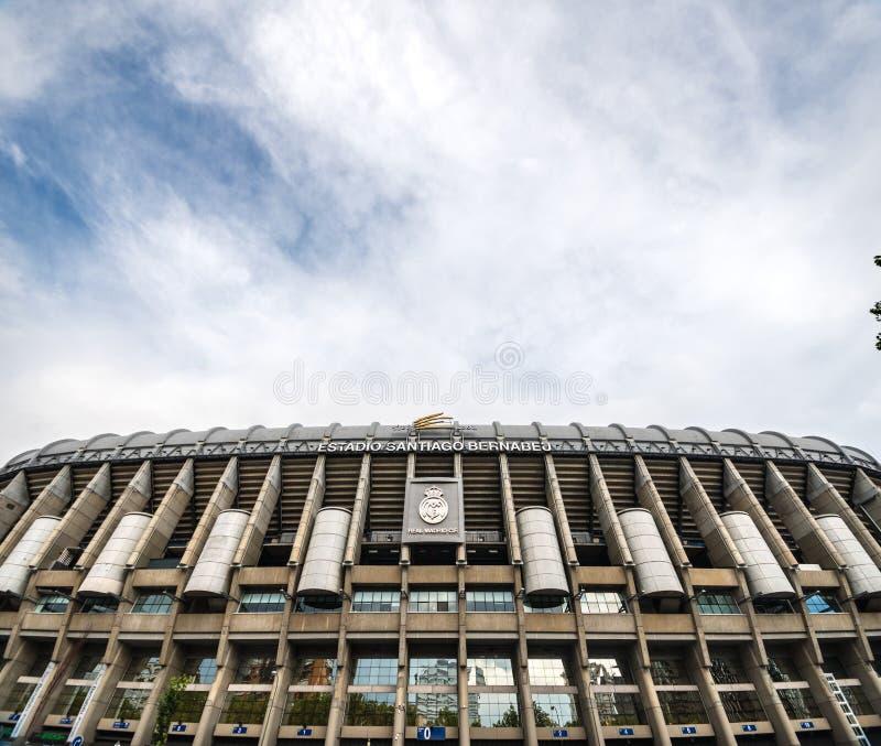 Santiago Bernabeu-Stadion in Madrid lizenzfreie stockfotos