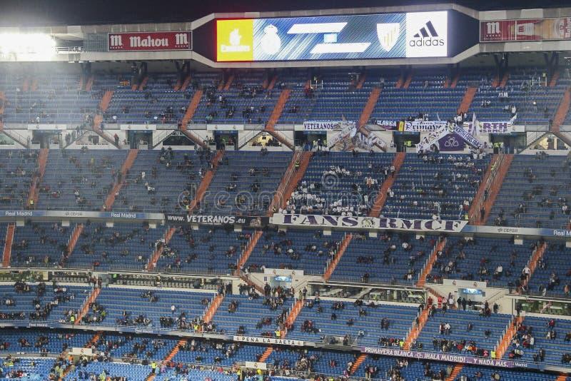 Santiago Bernabeu Stadium tijdens een Real Madridgelijke in 2016 stock foto's