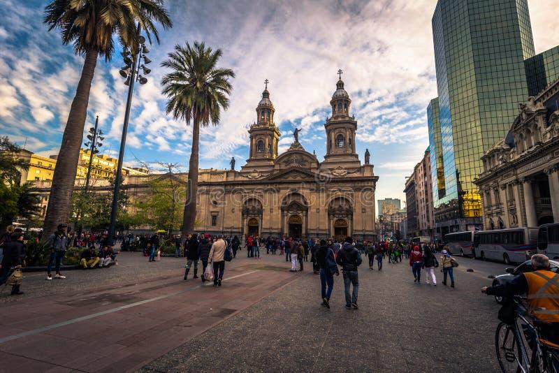 Santiago de Chile - 8 de julio de 2017: Santiago Municipal Church en el centro histórico de Santiago de Chile fotografía de archivo libre de regalías