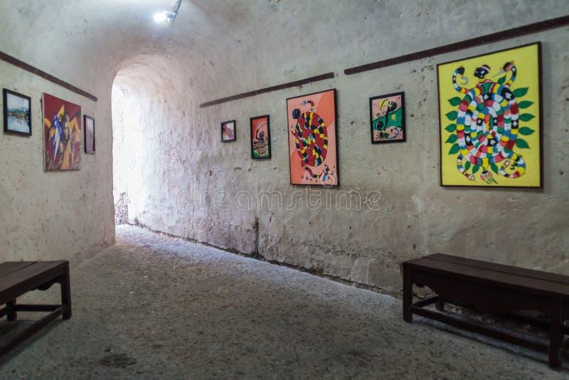 SANTIAGO DE CUBA, CUBA - 1º DE FEVEREIRO DE 2016: Interior do castelo San Pedro de la Roca del Morro, Santiago de Cuba, Cub imagens de stock