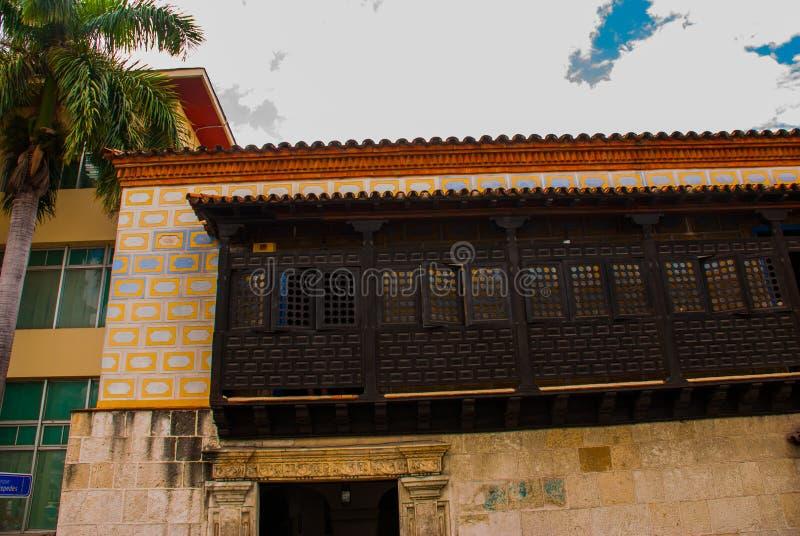 Santiago de Cuba, Cuba : maison Diego Velazquez, conquérant espagnol de musée image libre de droits