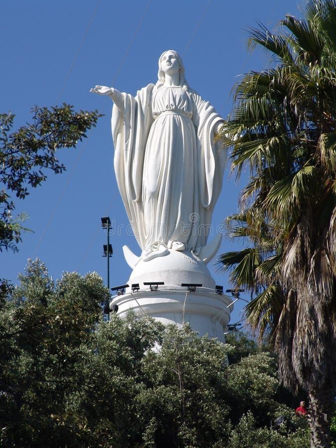 Santiago doet Chili Cerro San Cristobal Standbeeld van Maagdelijke Mary royalty-vrije stock afbeelding