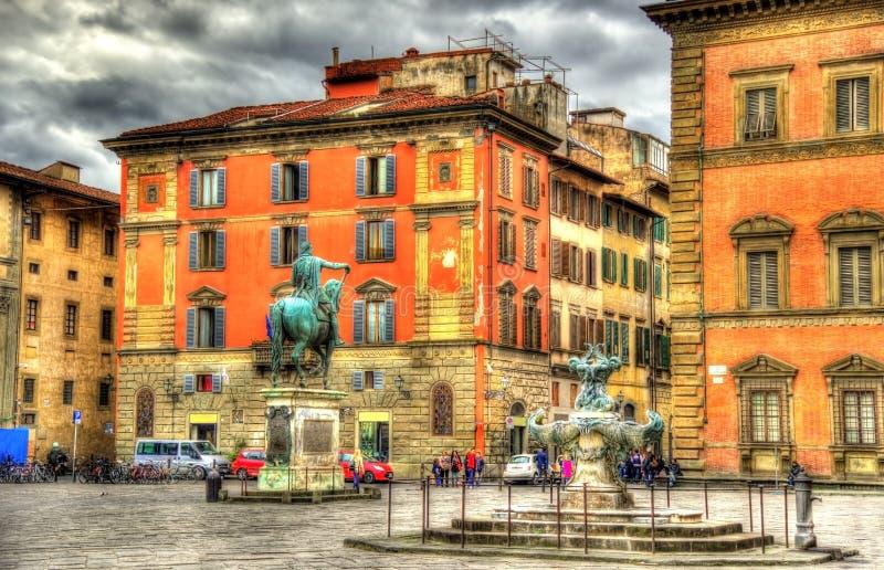 Santissima Annunziata fyrkant i Florence arkivfoton