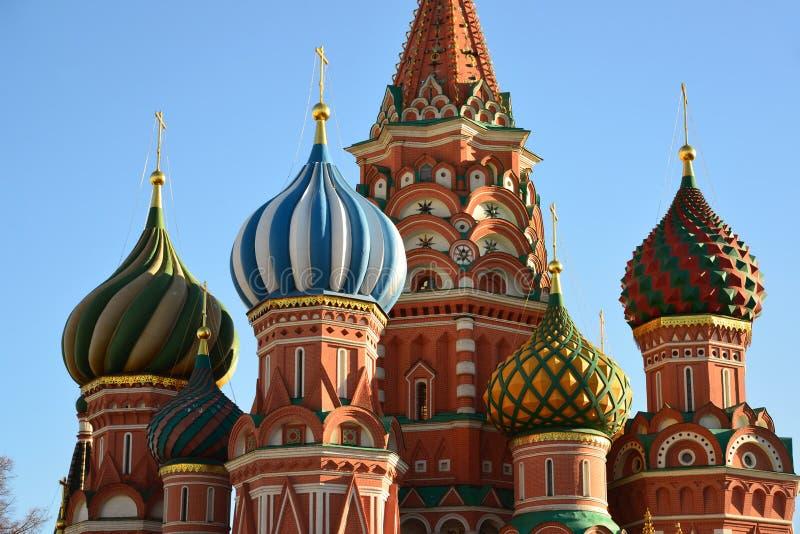 Santo Basil Cathedral y pendiente de Vasilevsky de la Plaza Roja en Moscú, Rusia fotografía de archivo libre de regalías