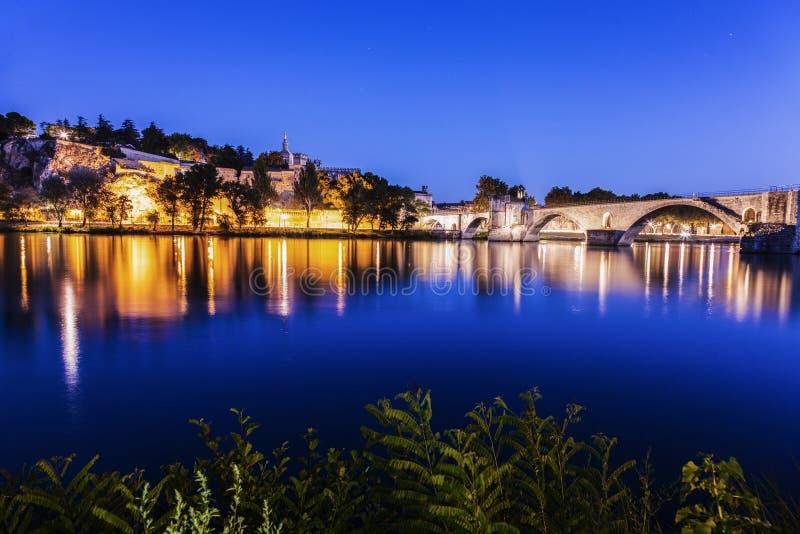 Santo-Benezet de Pont en el río Rhone en Aviñón foto de archivo libre de regalías