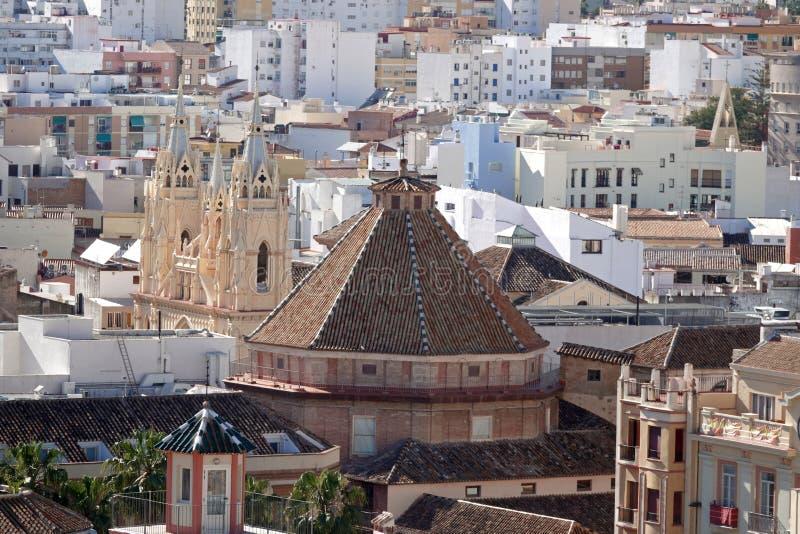 Santo Cristo και εκκλησία SAN Ηγνάτιος από τη στέγη του καθεδρικού ναού της Μάλαγας στην Ανδαλουσία, Ισπανία στοκ εικόνα