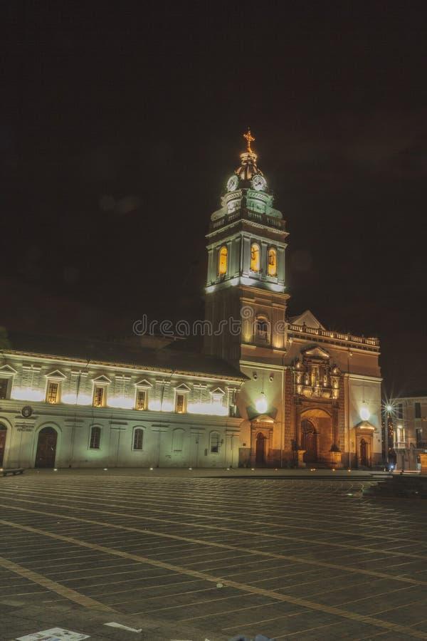 Santo Domingo Church på natten royaltyfri foto