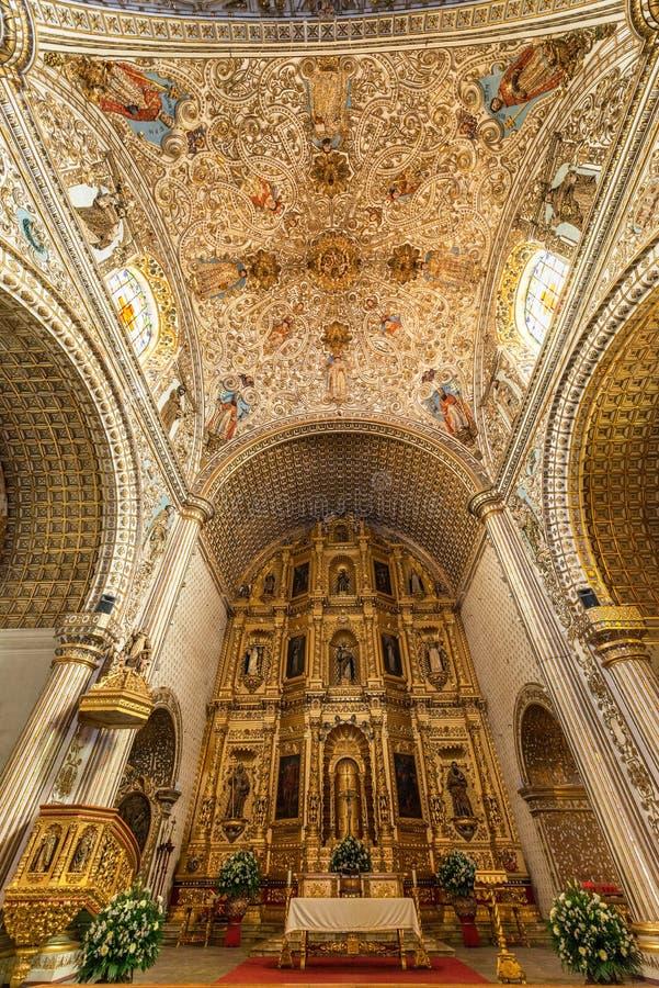 Santo Domingo kościół wnętrze obraz royalty free