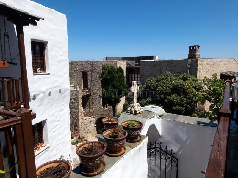 Santo George Monastery en la isla de Skyros en Grecia foto de archivo