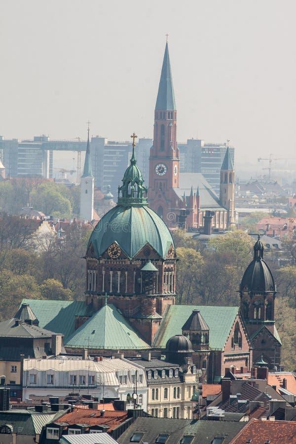 Santo Lukas e iglesias baptistas Munich de San Juan foto de archivo