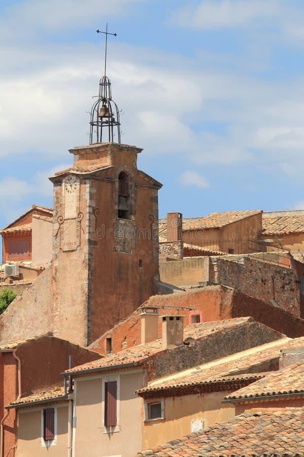 Santo Michael Church bellfry, el Rosellón, Francia foto de archivo