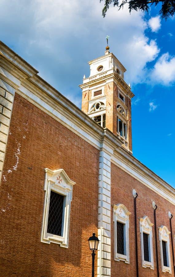 Santo Stefano deiCavalieri kyrka i Pisa royaltyfri bild