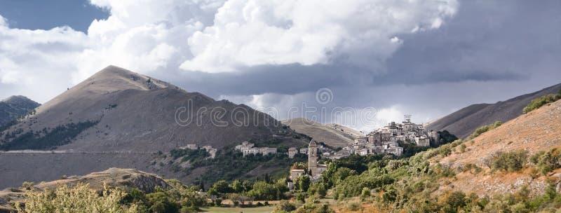 Santo Stefano di Sessanio в Абруццо (Италия) стоковые изображения rf