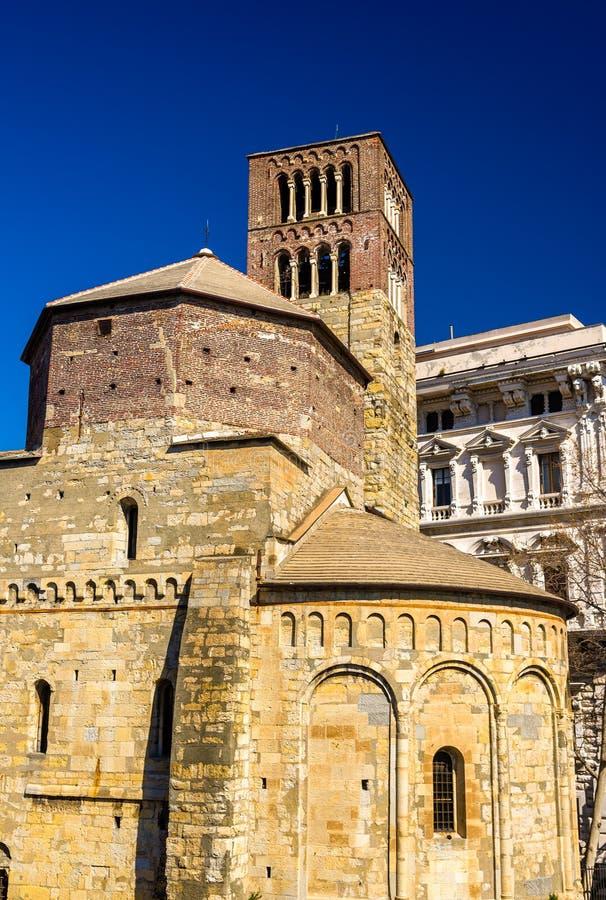 Santo Stefano kyrka i Genua arkivbilder