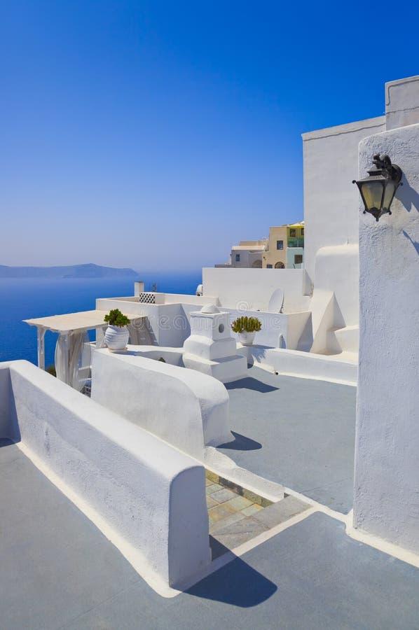 Download Santorini视图 库存图片. 图片 包括有 圆屋顶, 火箭筒, 节假日, 拱道, 圆顶, 欧洲, 峭壁 - 22357627