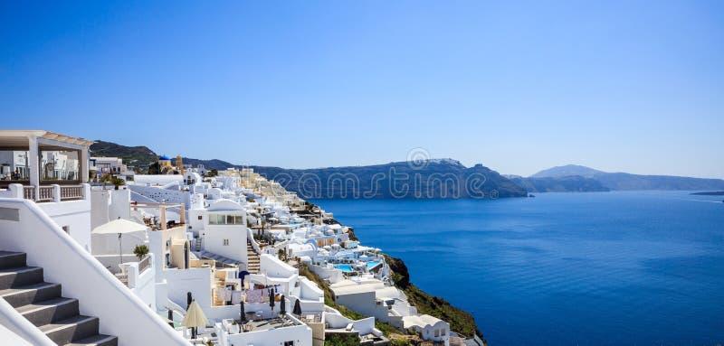 Santorini ö, Grekland - Caldera över det Aegean havet fotografering för bildbyråer