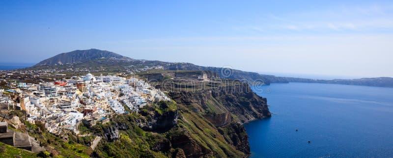 Santorini ö, Grekland - Caldera över det Aegean havet arkivbilder