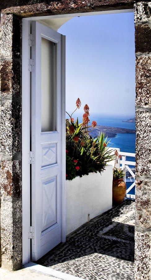 santorini острова Греции двери к стоковая фотография rf