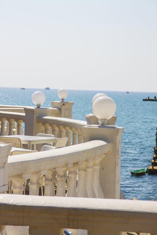 Santorini-Café lizenzfreie stockfotografie