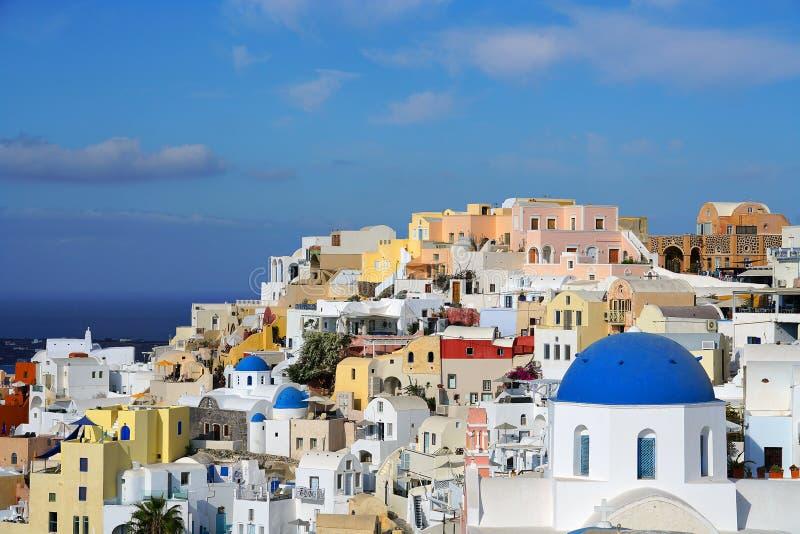 Santorini, Grecja, Października 19 2018 Piękny widok z kościół w Santorini, Cyclades obrazy stock