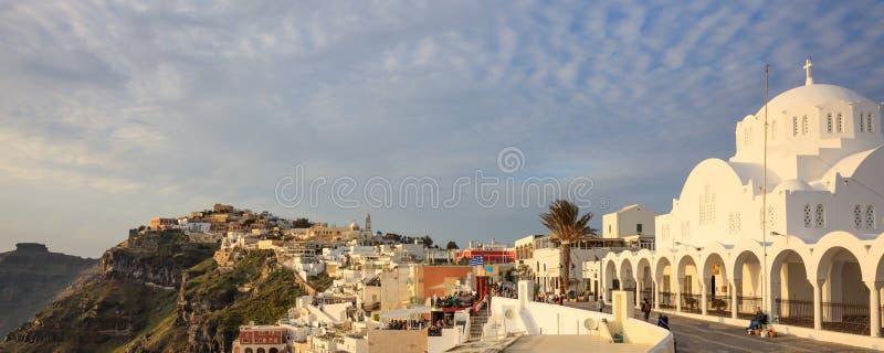 Santorini-Insel, Griechenland - Kessel über Ägäischem Meer stockbilder