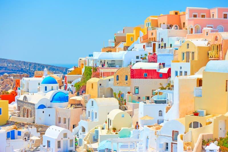 Santorini op zonnige dag royalty-vrije stock afbeelding