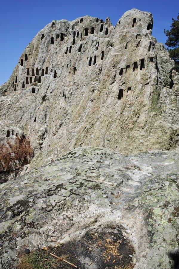 Santuário antigo Eagle Rocks de Thracian perto da cidade de Ardino, região de Kardzhali fotos de stock
