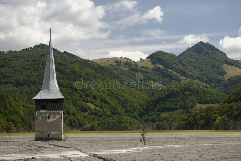 Santuário ao lado do lago Geamana fotografia de stock royalty free