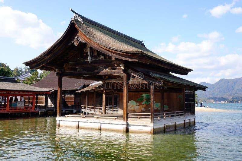 Santuário de Itsukushima em Hiroshima, Japão fotografia de stock royalty free