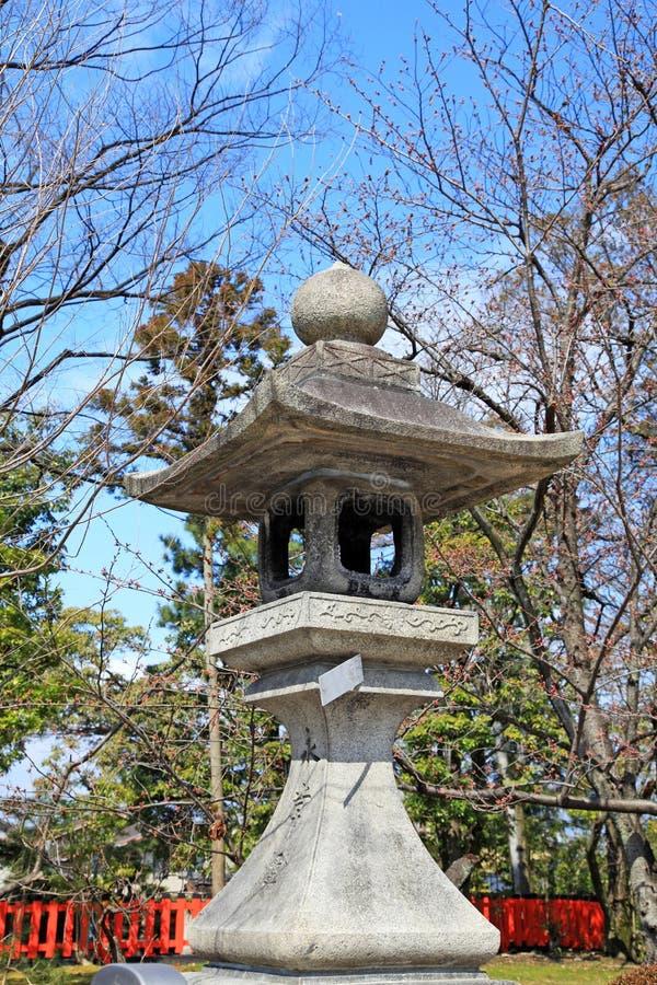 Santuario al santuario di Fushimi Inari-taisha a Kyoto fotografie stock libere da diritti