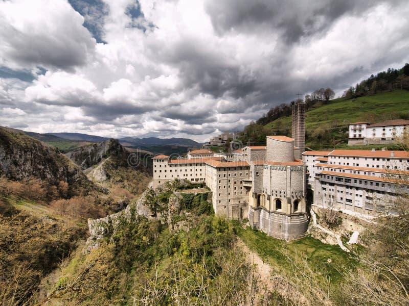 Santuario de Aranzazu fotos de archivo