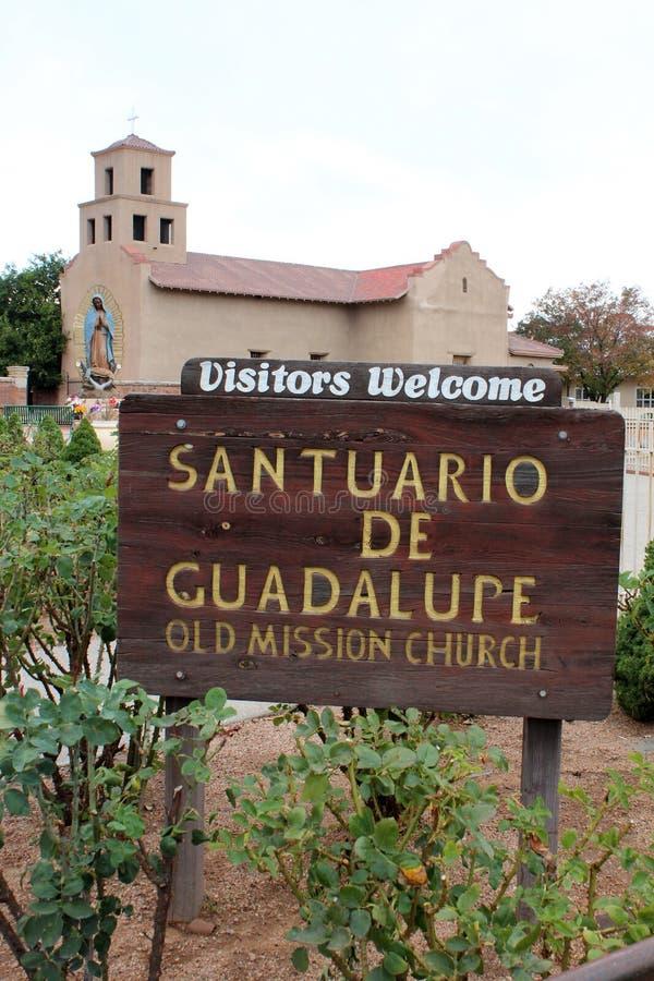 Santuario de Guadalupe - παλαιά εκκλησία αποστολής - Taos, NM στοκ εικόνες