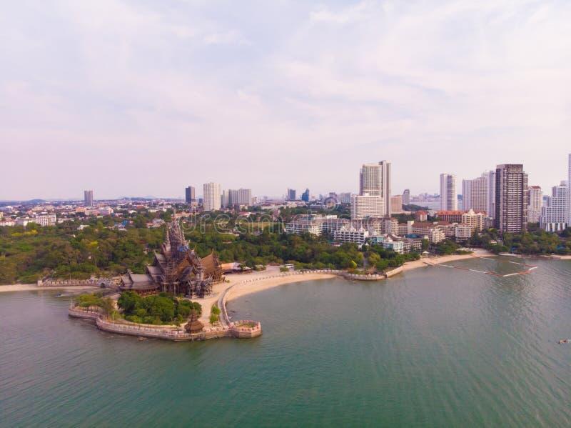Santuario de la verdad en Pattaya, Tailandia imagenes de archivo