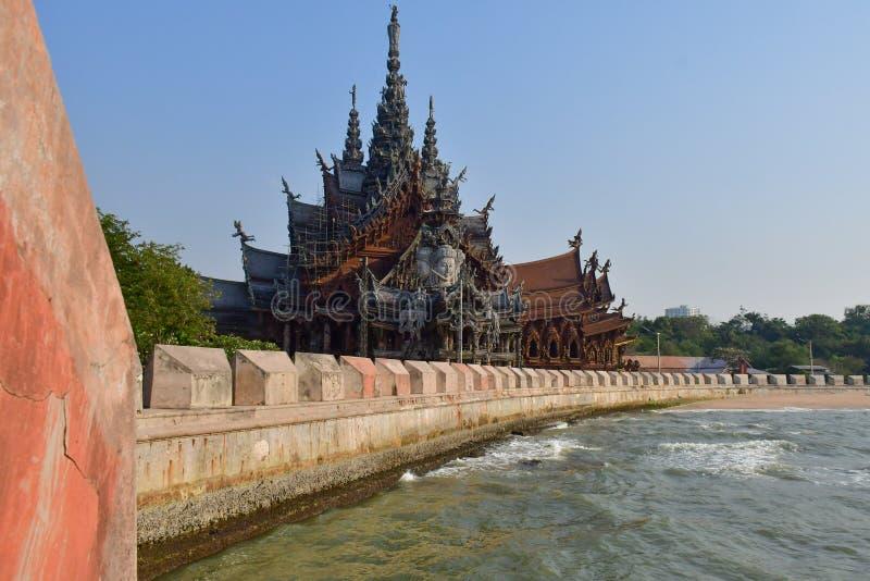 Santuario de la verdad en Pattaya, Tailandia fotografía de archivo