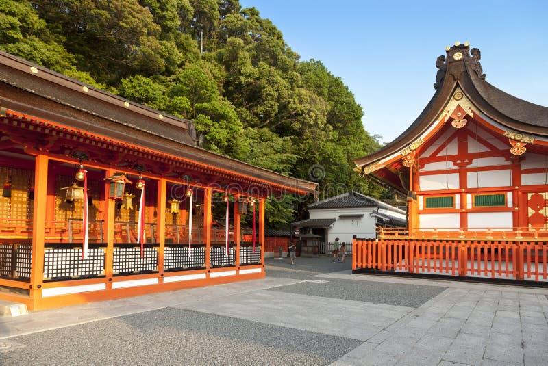 Santuario di Fushimi Inari, uno dei punti di riferimento famosi a Kyoto, il Giappone immagini stock