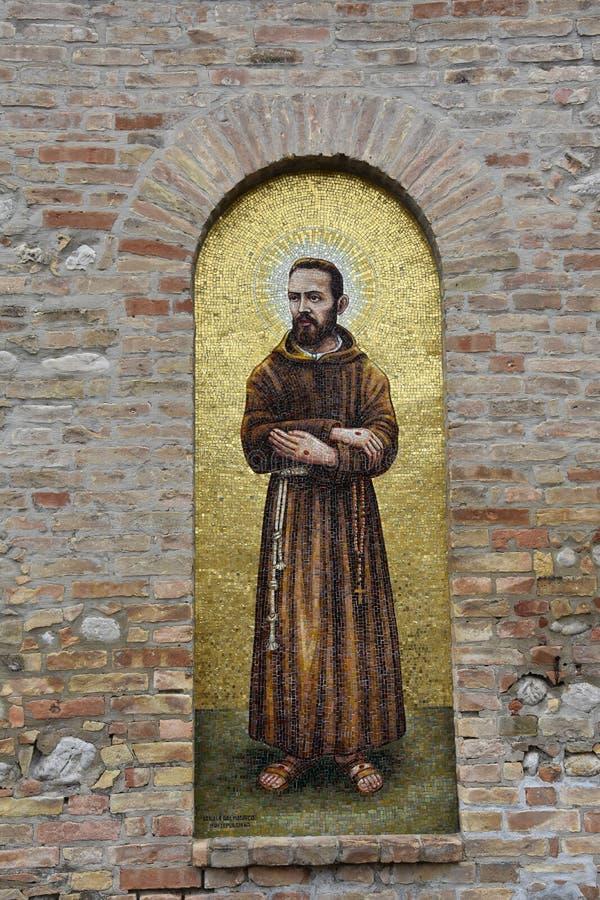 Santuario Madonna del esplendor en Giulianova imagen de archivo