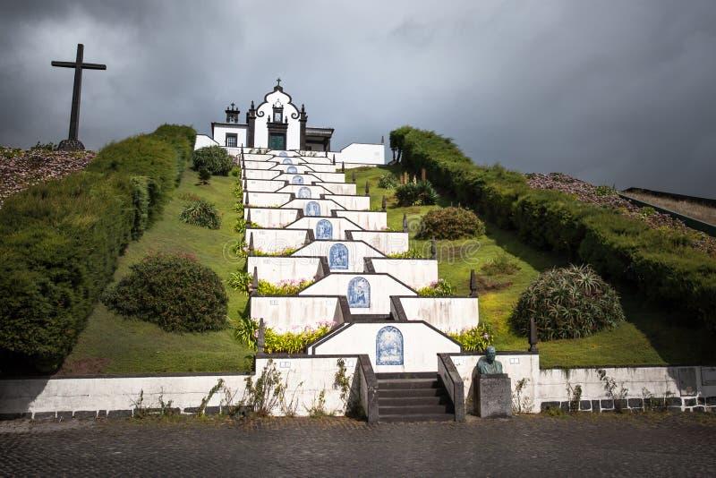 Sao bianco Miguel Portugal delle Azzorre della chiesa della cappella fotografie stock libere da diritti