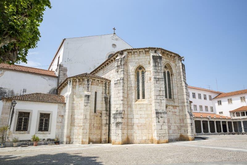 Sao Dinis e Sao Bernardo Monastery em Odivelas imagem de stock
