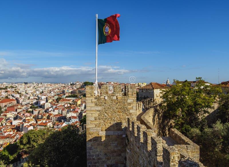 Sao Jorge Castle i Lissabon royaltyfria bilder