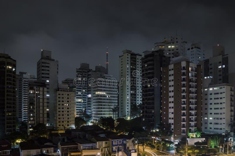 Sao Paulo bij nacht royalty-vrije stock foto's