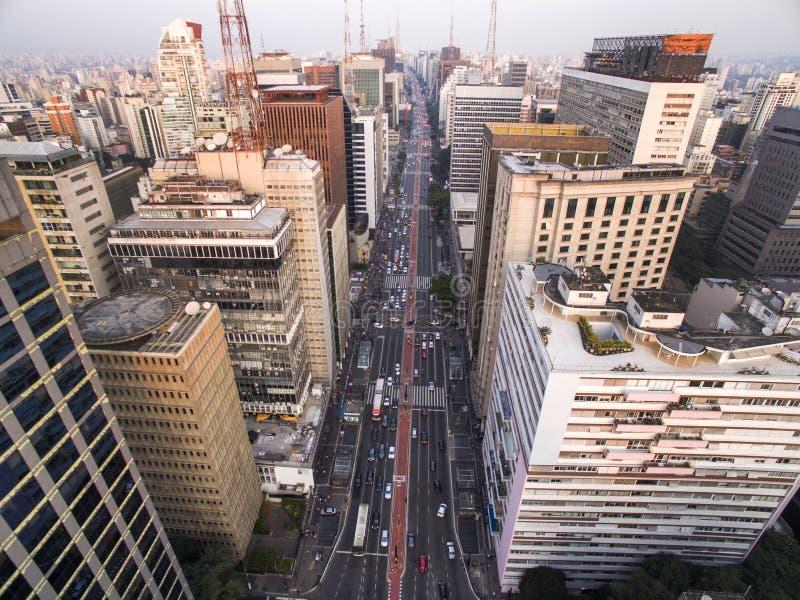 Sao Paulo Brasilien, Augusti, 2017 Flyg- sikt på den Paulista avenyn, i den Sao Paulo staden arkivfoto
