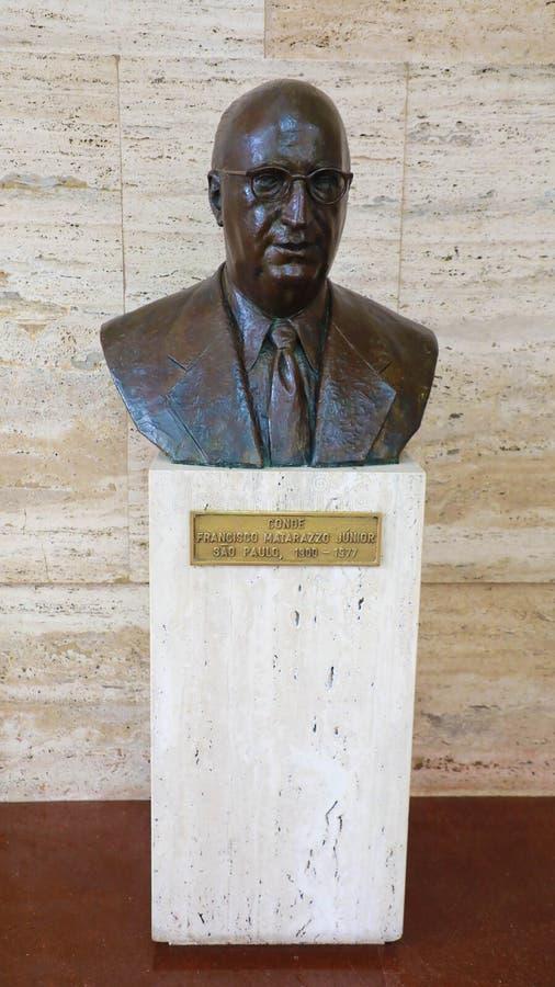 SAO PAULO BRASILIEN - MAJ 15, 2019: statybyst av Conde Francisco Matarazzo Junior inom stadshuset av kommunen av São royaltyfria foton