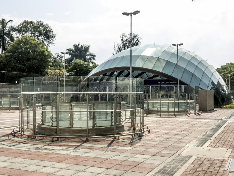 People on entrance of AACD Servidor subway station of lilac 5 line of Metro. Sao Paulo, Brazil, December 29, 2018. People on entrance of AACD Servidor subway royalty free stock photo