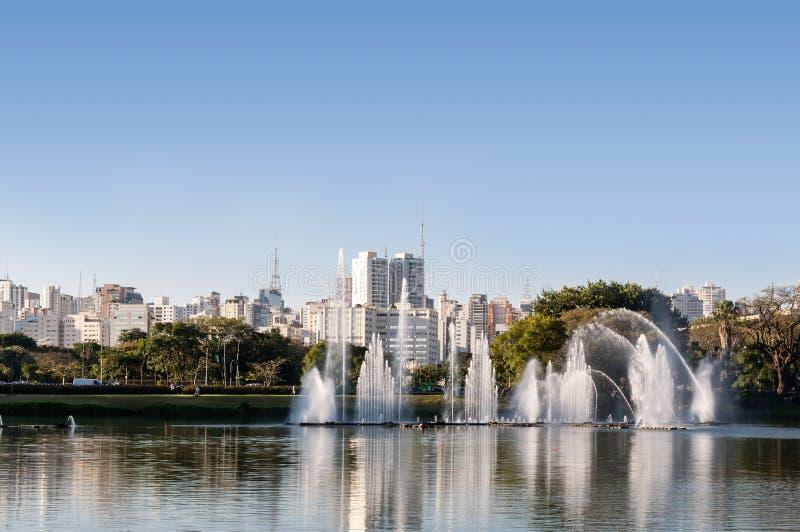 Sao Paulo, parque de Ibirapuera imagem de stock