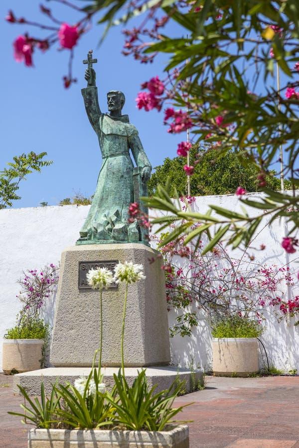 Sao Vicente Statue en Albufeira imagen de archivo libre de regalías